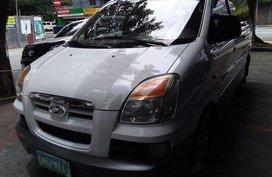 Sell White 2004 Hyundai Starex in Marikina