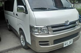 Selling 2nd Hand Toyota Hiace 2010 at 112000 km in Lucena