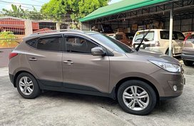 Selling Brown Hyundai Tucson 2011 Automatic Diesel