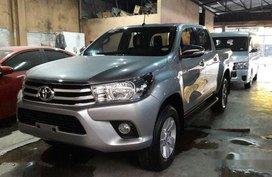 Selling Silver Toyota Hilux 2016 Manual Diesel