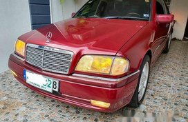 Selling Mercedes-Benz C220 1996 at 115000 km
