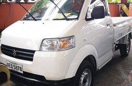 Selling White Suzuki Apv 2018 in Manila