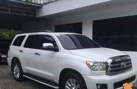 White Toyota Sequoia 2010 Automatic Gasoline for sale