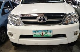 White Toyota Fortuner 2007 Automatic Diesel for sale