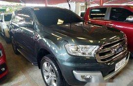 Grey Ford Everest 2016 at 21000 km for sale