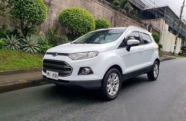Selling White Ford Ecosport 2016 Automatic Gasoline at 23000 km