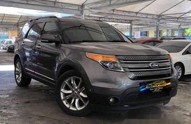 Grey Ford Explorer 2013 at 63000 km for sale