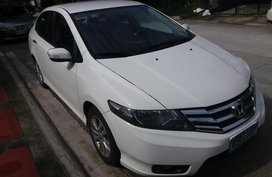 Sell White 2012 Honda City Sedan at 53700 km