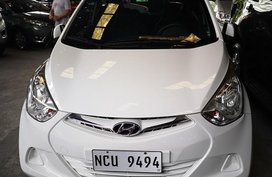 Selling White Hyundai Eon 2018 Hatchback in Manila