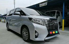 Silver Toyota Alphard 2018 for sale in Parañaque