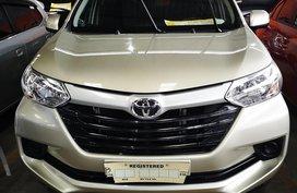 Selling Silver Toyota Avanza 2018 Automatic Gasoline