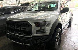 Selling Silver Ford F-150 2019 in Quezon City
