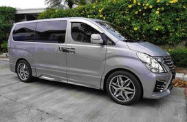 Selling Silver Hyundai Grand Starex 2019 Automatic Diesel