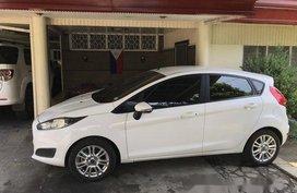 White Ford Fiesta 2016 for sale in Santa Rosa