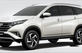 Selling Toyota Rush 2019 Automatic Gasoline