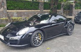 Selling Black Porsche 911 2015 Automatic Gasoline