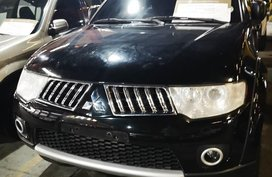Black Mitsubishi Montero 2013 Automatic Diesel for sale
