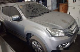 Sell Silver 2016 Isuzu Mu-X Automatic Diesel at 44000 km