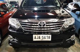 Selling Black Toyota Fortuner 2015 in Manila