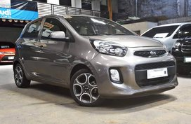 Sell 2nd Hand 2017 Kia Picanto Hatchback Automatic in Quezon City