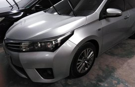 Used Toyota Altis 2015 at 80000 km for sale