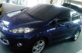 Selling Blue Ford Fiesta 2011 Hatchback at 60000 km