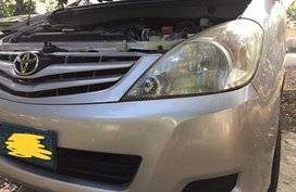 Sell Used 2009 Toyota Innova at 60000 km