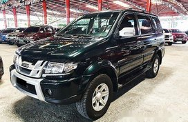 Green Isuzu Crosswind 2017 Manual Diesel for sale