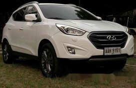 Sell White 2015 Hyundai Tucson Manual