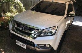 Sell Used 2016 Isuzu Mu-X Automatic Diesel