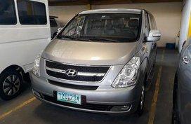 Selling Hyundai Grand Starex 2012 at 68321 km