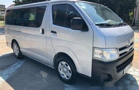 Selling Silver Toyota Hiace 2012 in Cebu