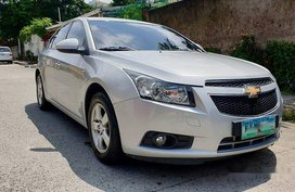 Selling Silver Chevrolet Cruze 2010 Automatic Gasoline