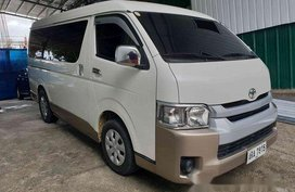 White Toyota Hiace 2015 Manual Diesel for sale