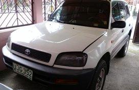White 1996 Toyota Rav4 at 120000 km for sale