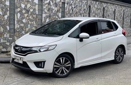 Selling 2nd Hand Honda Jazz 2015 Automatic in Manila