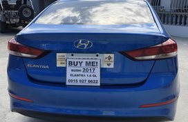 Blue Hyundai Elantra 2018 Sedan at 3500 km for sale