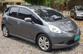 Selling Honda Jazz 2010 Hatchback Automatic Gasoline at 43933 km