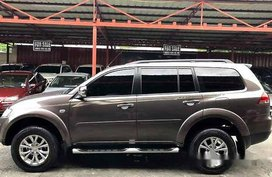 Selling Brown Mitsubishi Montero Sport 2015