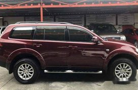 Red Mitsubishi Montero Sport 2013 at 54000 km for sale