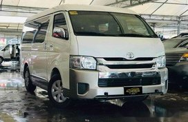 Selling White Toyota Hiace 2017 Automatic Diesel at 19500 km