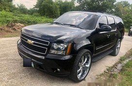 Selling Black Chevrolet Suburban 2008 Automatic Gasoline