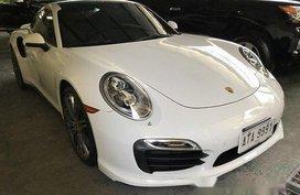 Selling White Porsche 911 2015 Automatic Gasoline at 9000 km