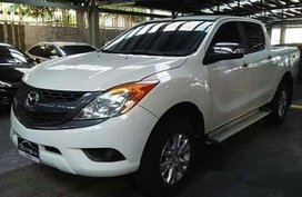 Selling White Mazda Bt-50 2016 in Pasig