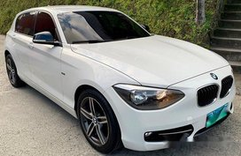 White Bmw 118D 2013 at 20000 km for sale