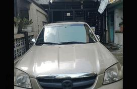 Selling Used Mazda Tribute 2004 at 68000 km in Manila
