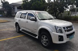 Selling 2nd Hand Isuzu Alterra 2013 Automatic Diesel