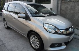 Selling 2nd Hand Honda Mobilio 2015 at 33000 km