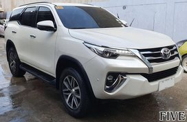 Sell White 2018 Toyota Fortuner Automatic Diesel in Mandaue