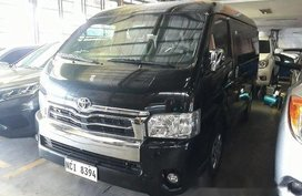 Selling Black Toyota Hiace 2017 at 33710 km
